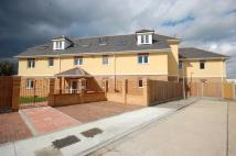 *NEWLY REFURBISHED 3 BEDROOM APARTMENT* Arterial Avenue Flat to rent