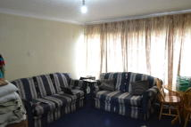 Flat to rent in Stanetta Court Chadwell...