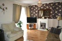 Flat to rent in Large Two Bedroom Flat...