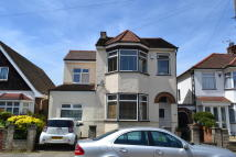 6 bedroom Detached home to rent in Large Six Bedroom House...