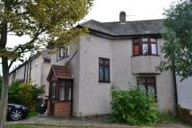 GROVEWAY semi detached property to rent