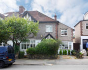 5 bed semi detached home in Thorpewood Avenue...