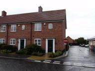 Town House to rent in Bromedale Avenue...
