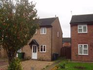 Grove Close Town House to rent