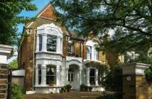 5 bed Detached home for sale in Castelnau, London