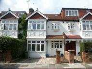 4 bedroom house in Bracken Gardens, London...