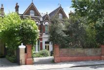 3 bed Apartment for sale in Castelnau, London, SW13
