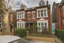 5 bed semi detached home in Thornton Avenue, London...