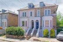 4 bed Maisonette for sale in Cambridge Road South...