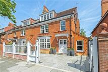 7 bedroom home in Priory Avenue, London, W4
