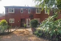 3 bed property for sale in Kirton Close, London, W4