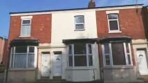 2 bedroom Terraced house to rent in LONDON ROAD, Preston, PR1