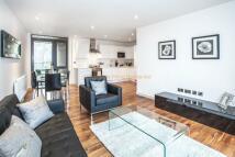 new Flat in 3 bedroom property in...
