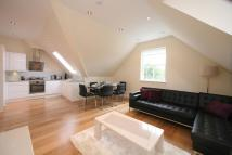3 bed new Flat in 3 bedroom Top Floor...