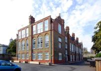 3 bed Flat to rent in 3 bedroom property in...