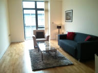 Flat in 1 bedroom property in...