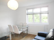 Flat to rent in Fordwych Road, London...