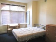 Studio apartment to rent in Melrose Avenue, London...