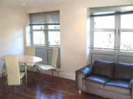 2 bed Flat in Elizabeth Mews...