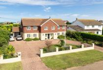 6 bedroom Detached house for sale in Sandwich Bay