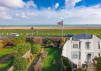 Walmer Terraced house for sale