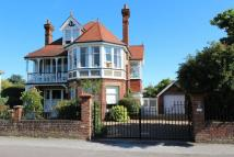 5 bed Detached house for sale in Walmer