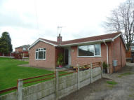 3 bedroom Detached Bungalow in Glanllyn, LL11