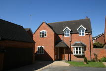 Detached property in Green Lane Close...