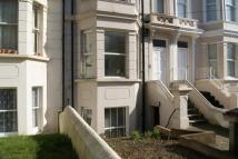 1 bed Ground Flat in Southwater Road...