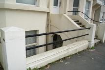 2 bedroom Flat for sale in Warrior Square...