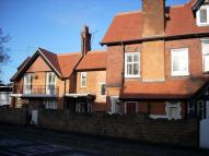 Flat to rent in Avenue Road, Stoneygate...