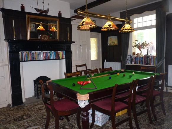 Dining/Games Room