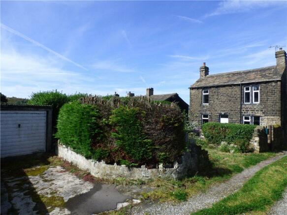 House/Garden/Garage