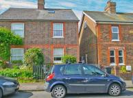 4 bedroom semi detached property for sale in Meadow Road, Groombridge...