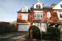 4 bed semi detached home to rent in Stephens Road...