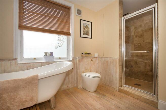 Main Bath/Shower