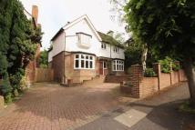 5 bed Detached home in The Drive, Tonbridge