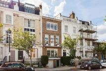 5 bed Terraced property to rent in Redcliffe Road, Chelsea...