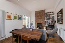 2 bedroom Flat for sale in College Road, London