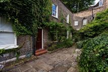 Kensington Church Walk Cottage to rent