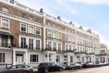 Apartment in Onslow Gardens...