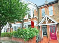 4 bedroom Terraced property in Whellock Road, Chiswick