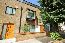 4 bed semi detached home to rent in Upham Park Road, Chiswick