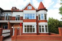 Flat to rent in Southfield Road, Chiswick