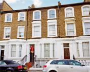 Overstone Road Flat to rent