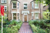 Apartment for sale in Grosvenor Road, Chiswick