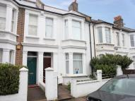 Fletcher Road Terraced house to rent