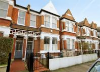 3 bedroom Terraced home in Speldhurst Road, Chiswick