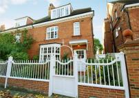 6 bed semi detached property to rent in Priory Avenue, Chiswick