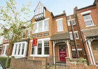 4 bed Terraced property for sale in Fairlawn Avenue, Chiswick